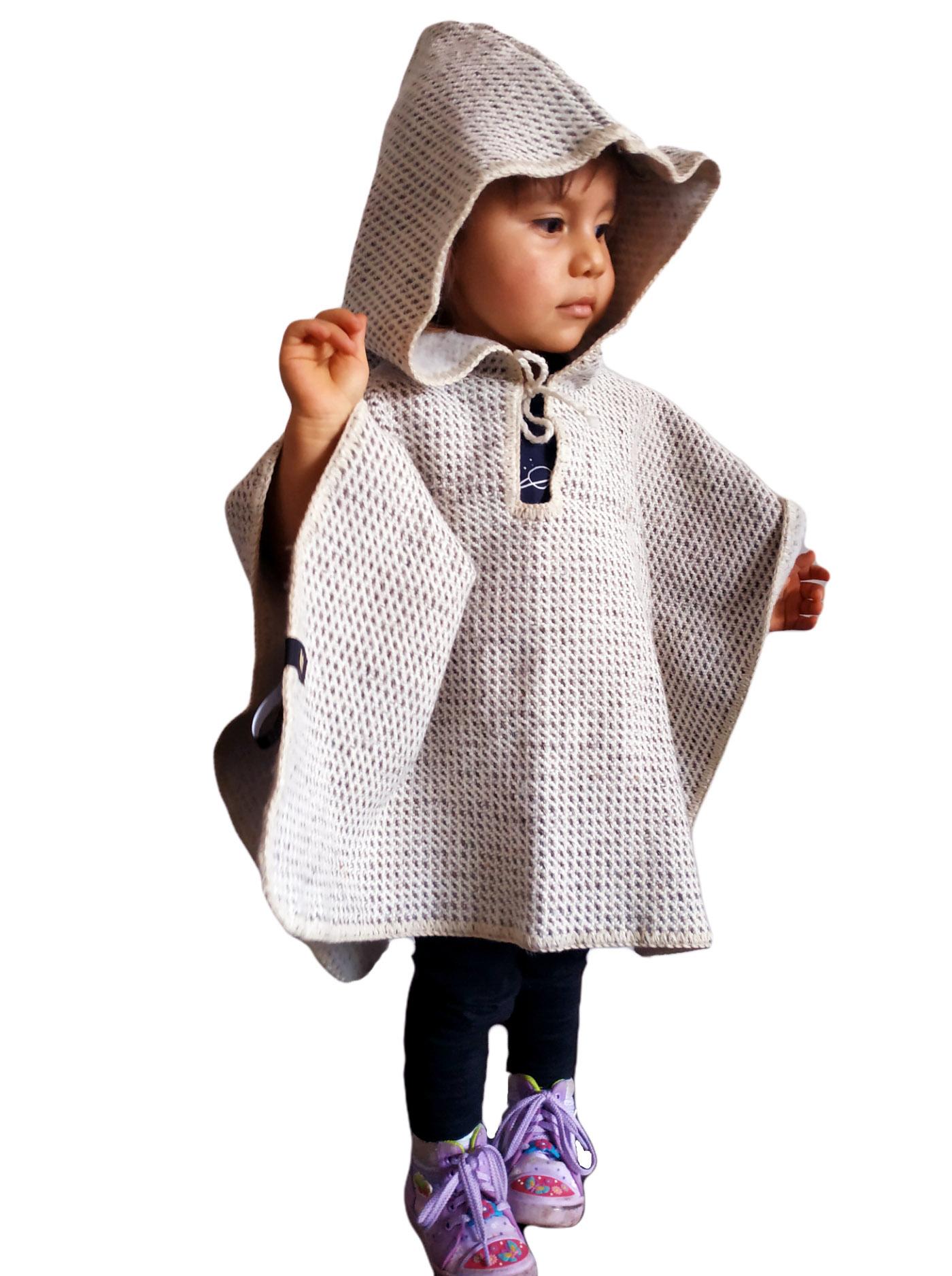 Ruana con capota para niños en lana de oveja